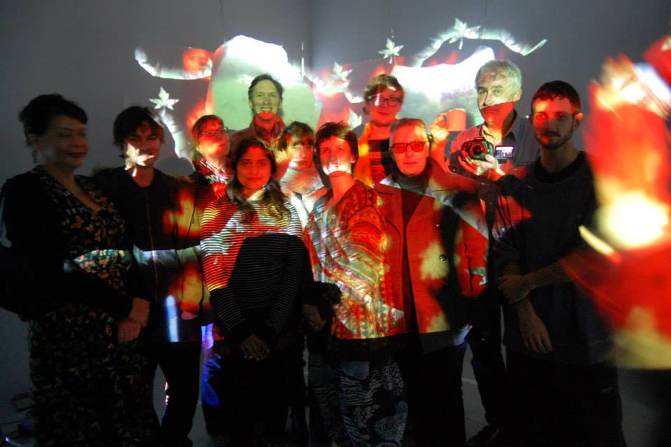 painting-with-light-video-sculptures-participants