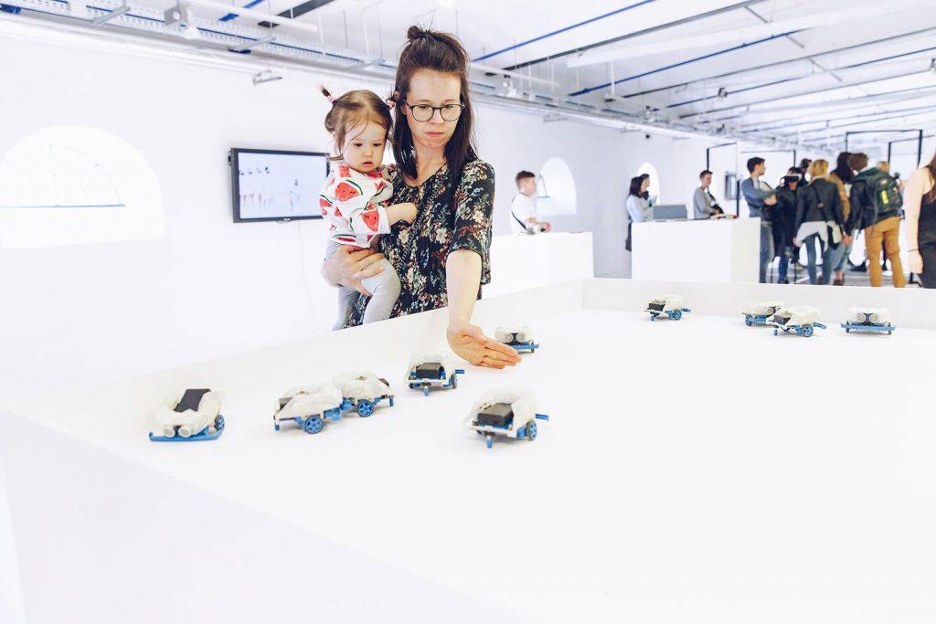 Antisocial Swarm Robots at Łódź Design Festival 2018